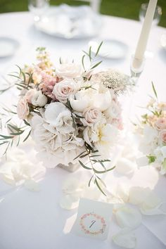 rosa cipria: un matrimonio che sembra una carezza on Behance