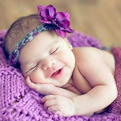 What a cutie patootie! Cute Baby Girl Images, Baby Girl Pictures, Newborn Pictures, Cute Babies Photography, Newborn Baby Photography, Cute Baby Wallpaper, Foto Baby, Baby Smiles, Baby Poses
