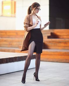 Ariadna Majewska:「 I'm waiting for your orders at www.store 😉 Who has already bought a copy of my sensual book? Great Legs, Beautiful Legs, Look Fashion, Girl Fashion, Womens Fashion, Sexy Outfits, Cool Outfits, Sexy Women, Women Wear