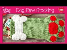 Dog Paws Christmas Stocking - The Crochet Crowd free crochet pattern also with video tutorial