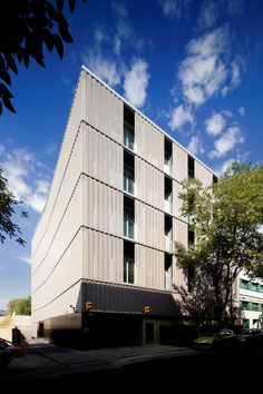 Alfonso Gomez Street Office Building – PPST Arquitectura