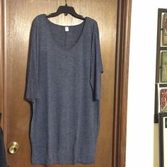 Old Navy Sweater Dress XL Navy Color Old Navy sweater dress. Wore once. Navy Blue color. Size XL. Like new. No holes, pilling. Great condition. Looks awesome with leggings and boots. Old Navy Sweaters V-Necks