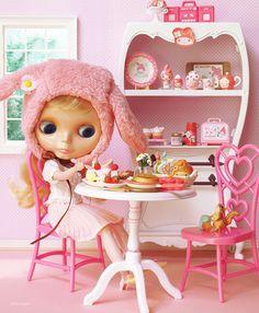 My Melody's Cafe by Minitα, via Flickr