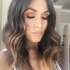 Here's my glam with a nude lip and this color of eye shadow is stunning!! @makeupbyjay