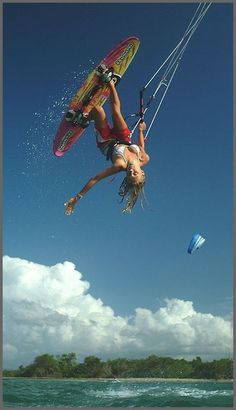 this #girl rules. #kitesurfing #ROXYOutdoorFitness