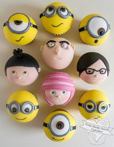 Minion cupcakes so much like the movie!!!