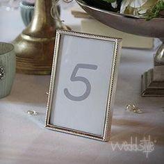Tischnummer im Rahmen Gold
