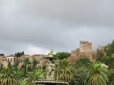 Dia de otoño con nubes en Malaga. Fotos de Día gris