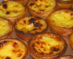 E quem ainda não ouviu falar dos famosos Pastéis de Belém? Bolo muito conhecido do nosso país, tem levado o nome de Portugal por esse mundo fora! É um doce que faz as delicias de muitas pessoas ...