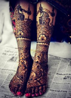 #asianwedding #mehndi book the best henna artists for your #wedding at www.yourdreamshaadi.co.uk