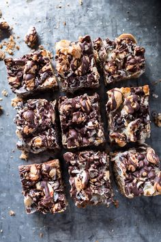 Image discovered by Jinte. Find images and videos about beautiful, Hot and food on We Heart It - the app to get lost in what you love. Chocolate Chip Bars, Semi Sweet Chocolate Chips, Cereal Treats, Rice Krispie Treats, Delicious Desserts, Dessert Recipes, Brownies, Brownie Bar, Brownie Recipes