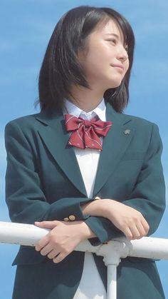 Beautiful Japanese Girl, Japanese Beauty, Beautiful Asian Girls, Asian Beauty, Japanese School Uniform, School Uniform Girls, Girl Short Hair, Short Girls, Prity Girl