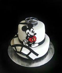 Mickey flick cake