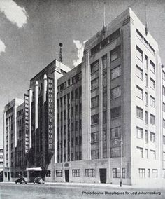 I spent some happy times at Broadcast House back in the day! Johannesburg Skyline, Third World Countries, Art Deco Buildings, Historical Pictures, African History, Beautiful Buildings, The Good Old Days, Live, South Africa