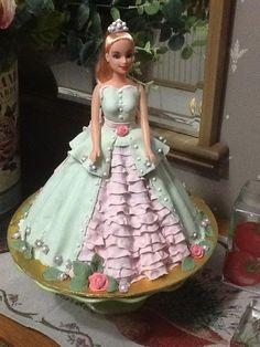Barbie doll cake - by sjewel @ CakesDecor.com - cake decorating website