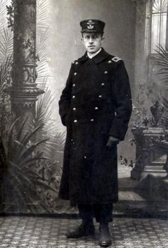 The young Johannes Bucholtz in his railway-uniform shortly after he came to Struer in 1902. He was born in Odense and grew up in Middelfart, Funen.