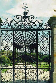Bamburg Castle 18th Century England, entrance gate