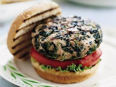Turkey Spinach Burgers http://www.prevention.com/food/healthy-recipes/favorite-backyard-bbq-recipes?s=3
