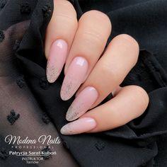 #livemoremagic #classynails #tinytinymoments #nailsswag #ombrenails #moodmagic #hybrydanails #manicurekombinowany #nailsinstagram #nailsinspire #paznokciehybrydowe #nailsnailsnails #nails4yummies #minimalnails #nailtoinspire #newnails💅 #onglesdujour #modenowelove #simplenails #wownails #onglerie #nailbar #naturalnail #babyboomernails Classy Nails, Simple Nails, Winter Wonderland Christmas Party, Wow Nails, Natural Christmas, Nail Bar, Matte Nails, Nails Inspiration, Handmade Christmas