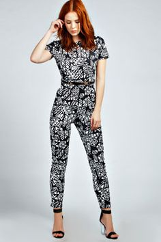 Get your outfit sorted in no time with the help of a jumpsuit or romper from boohoo. Monochrome, Jumpers For Women, Womens Jumpers, Gift Store, Black Jumpsuit, Dungarees, Morocco, Tartan, Boohoo
