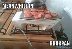 Check out all our Ghetto Grill funny pictures here on our site. We update our Ghetto Grill funny pictures daily! American Funny Videos, Funny Dog Videos, Humor Videos, Funny Cartoons, Funny Comics, Barbecue Original, Justin Bieber Jokes, Indian Funny, Picture Fails