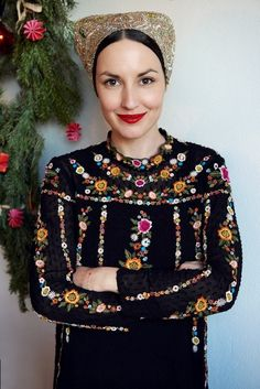 Folk Costume, Costumes, Ethnic Outfits, Vintage Couture, My Heritage, Folklore, Christmas Sweaters, Russia, Deep