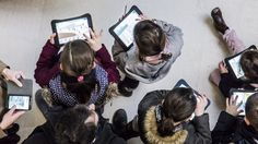 Shake up the gallery: how iPads are changing the way we visit museums | Alphr