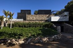 Gallery of Local Rock House / Pattersons - 2