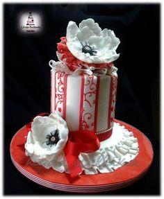 Flowers cake - by Linda Bellavia Cake Art @ CakesDecor.com - cake decorating website