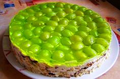 Cake without baking Grape / Culinary Universe Homemade Pastries, Ice Cream Candy, Good Food, Yummy Food, Sweet Tarts, World Recipes, Yummy Cakes, Food Photo, Amazing Cakes