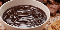 Sanguinaccio al #Cioccolato - Uno dei dolci al cucchiaio più golosi in assoluto, ottimo anche da utilizzare per varie farciture come per esempio torte o crostate. Ecco la #ricetta!