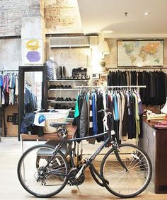 In this city, vintage shopping isn't just a means to an end. It's a lifestyle, a mindset, a sport, and, yes, a great way to spend a Saturday. New Yorkers are well-versed in sifting through the $10 bin. They know when to splurge on the perfect piece...