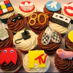 80's Themed Cupcakes..these would be so cute for an 80's party!