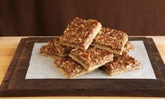 Torta di riso soffiato e cioccolato, veloce e golosissima con soli 3 ingredienti! | I dolcetti di Paola