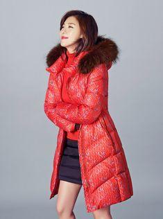 Ha Ji Won Brings Color To Winter For Crocodile Ladies | #hajiwon