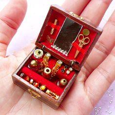 Dollhouse Jewelry Box | Miniature Jewellery Storage Box | 1:12 Scale Doll House Supply (34mm x 21mm)