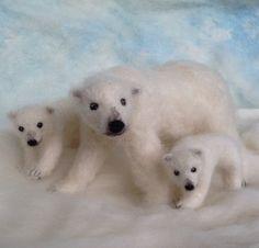 Needle Felted Polar Bear Mom and Cub Poseable by ClaudiaMarieFelt