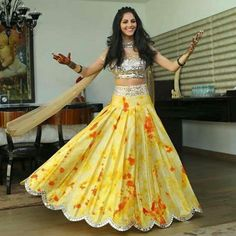 My super sweet client Avantika looking like a doll at her Mehendi ceremony in a sunflower yellow tie dye with orange bursts box pleated lehenga & a mirror encrusted choli Indian Wedding Outfits, Indian Outfits, Indian Designer Outfits, Designer Dresses, Sari, Look Fashion, Indian Fashion, Mehendi Outfits, Lehnga Dress