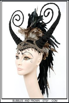 Hey, I found this really awesome Etsy listing at https://www.etsy.com/listing/123022926/preyed-upon-horned-feather-mohawk-in