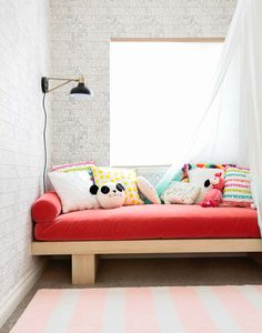Emily Henderson Roundup Daybeds Pics 2