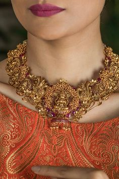 Gold Plated South Indian Lakshmi Temple Jewelry Necklace Set/ Gold plated Temple work Choker and Jhumka Earrings Set – Necklace 2020 Necklace Set, Necklace Lengths, Gold Necklace, Mango Necklace, Small Necklace, Necklace Ideas, Gold Choker, Small Earrings, Beaded Necklace