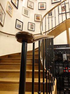 rampe escalier escalier avec rampe ce qu 39 il faut savoir et comment choisir id es pour la. Black Bedroom Furniture Sets. Home Design Ideas