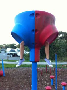 This kid who is inventing new games on the playground: