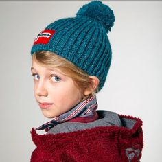 Bundle them up with our cosy hooded Tarapaca fleece. #Napapijrikids