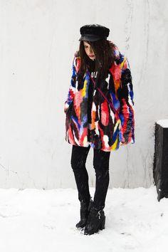 Manona Che Mi Piace: Story of Lola faux fur multicolor coat