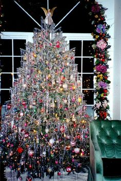 Icicle For Christmas Trees.90 Best Tinsel Tree Images Tinsel Tree Vintage Christmas