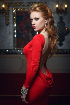 Fashion portrait of young magnificent sexy woman in red dress. by Fotoatelie, via Shutterstock Beautiful Redhead, Beautiful Celebrities, Gorgeous Women, Sexy Outfits, Sexy Dresses, Dress Outfits, Khloe Kardashian Hair, Belle Silhouette, Sexy Women