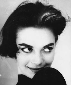 Natalie Wood is one Beautiful Woman!!!!