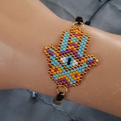 Beading Tutorials, Beading Patterns, Hama Beads, Seed Beads, Handmade Bracelets, Handmade Jewelry, Clown Party, Beaded Jewelry, Beaded Bracelets