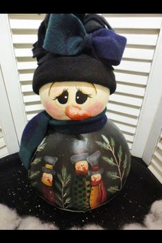 The snowman is mine, but the pattern on her tummy is by Cranberry Licorice. Primitive Christmas, Christmas Snowman, Christmas Crafts, Christmas Decorations, Christmas Ornaments, Xmas, Decorative Gourds, Hand Painted Gourds, Snowman Faces